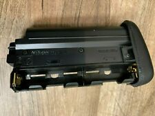 Nikon BRAND MS-D14 AA Battery Holder with case                          4-3 0801