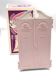 1960s Vtg Mattel Suzy Goose Wardrobe Pink Doors w/White Cabinet W/ Original Box