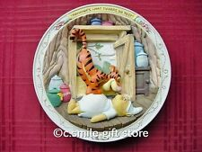 Disney *BOUNCING'S WHAT TIGGERS DO BEST* Pooh 3D plate Bradford Exchange MIB COA
