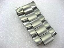 Stainless Steel 44.00 Mm Long Bulova 98C107 Quarter Band Men'S Watch