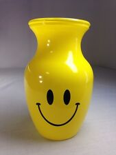 SMILLY FACE, Vintage Flower Vase, Yellow, Garcia Glass Group ( GGG )