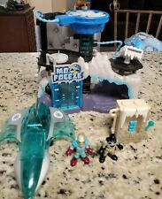 Imaginext DC Mr. Freeze Playset & includes figures & jet