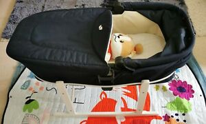 Joie Chrome DLX Carrycot in Navy Blue