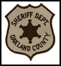 "Oakland County Michigan Sheriff Dept 4"" x 4.75"" Cheese Cloth Back Police Patch"
