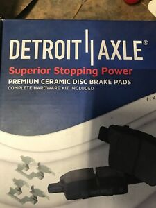 detroit axle brakes Rear Brake Pads For 2005 Jeep Liberty Brand New Not Opened