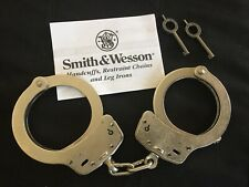 Smith & Wesson Model 100-1 Handcuffs, Nickel