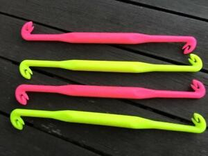 RINGERS 2 size floating loop tyer brand new