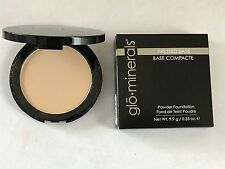 Glominerals Pressed Base Powder Foundation Compact Golden Medium