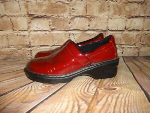 BOC Børn Womens Red BC5379 Vegan Patent Leather Clogs Shoes Size 8