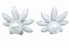 SOUTH SEA PEARL WITH DIAMOND ROUND BRILLIANT SHAPE EARRING