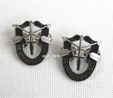PAIR US ARMY SPECIAL FORCES SF HAT PIN MOTTO METAL BADGE CREST DUI BERET BADGE