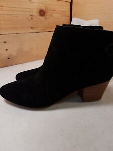 Womens Sz8w Isaac Mizrahi Charles Black Suede Ankle Boots