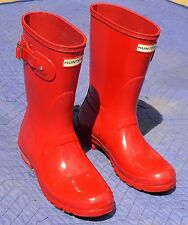 Hunter Red Natural Rubber Waterproof Women's Short Rain Boots Size 8M