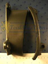 2 garnitures plastiques G/D de calandre Peugeot 504 coupé/cabriolet M1975->