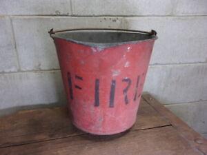 Vintage metal FIRE bucket ---- Nice Patina !