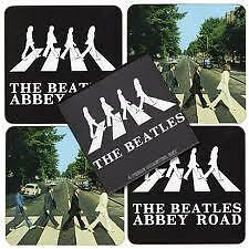 4 BEATLES ONDERLEGGERS IN DOOSJE / BEATLES COASTERS IN GIFT BOX (ABBEY ROAD)