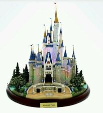 Disney Main Street USA Cinderella Castle Miniature by Olszewski BRAND NEW IN BOX