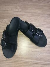 Genuine ladies fit-flops size 8.