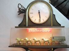 VINTAGE 1983 BUDWEISER CLYDESDALE BEER LIGHT CLOCK SIGN *LIGHT WORKS*