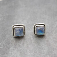 RAINBOW MOONSTONE 925 STERLING SILVER STUD EARRING 7.MM JEWELRY