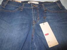 Levi's Regular Solid 6 Shorts for Women