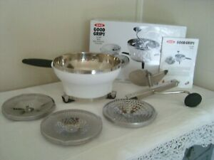 OXO Good Grips Food Mill Moulin ~ Mouli Grater