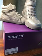 Pediped High Top Sneaker, Logan Silver Grey, Size 2.5 - 3 US Youth (34 EU Size)