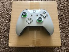 OFFICIAL XBOX ONE GREY/GREEN WIRELESS CONTROLLER BRAND NEW 3.5MM