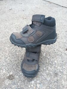 Nice Toddler Boys Brown Stride Rite Boots, Size 9M