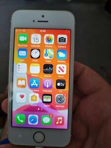 Apple iPhone SE 64GB Smartphone - Rose Gold (Unlocked)