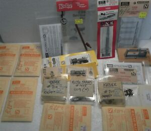 MICRO TRAIN N SCALE COUPLINGS WITH TOOLS ETC. SEE PICTURES PLEASE