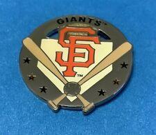 SAN FRANCISCO GIANTS SILVER CIRCLE WITH CROSS BAT W/LOGO PIN