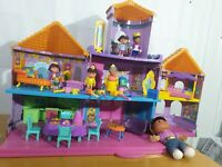 Dora the Explorer Magic Castle  With Lots Of Furniture And figures dolls house