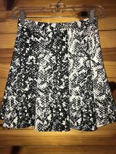 *ABERCROMBIE & FITCH* Women's Juniors Off-White & Black Skirt EUC Size XS