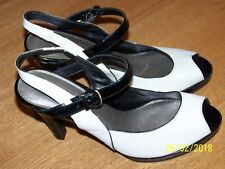 CONNIE BRAND BLK/WHT LEATHER PLATFORM PEEP TOE SLINGBACK HEELS SZ 9M