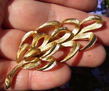 VINTAGE CROWN TRIFARI tono oro pin spilla