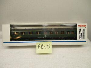 BB-15 MARKLIN HO 43210 Express Train Passenger Car