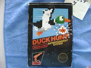 Rare 1st Print DUCK HUNT Nintendo NES 5 SCREW  Hang Tab Black BOX & MANUAL CIB
