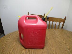RARE BLITZ 6 GALLON 16 OZ VENTED GAS  CAN OLD STYLE