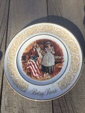 """Avon 1973 """"Betsy Ross"""" Enoch Wedgewood Patriotic Collector Plate"""