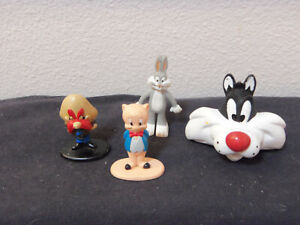 lot of 4 vintage Arby's and Carls Jr fast food Loony Tunes characters