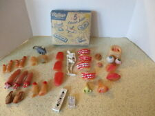 31 VINTAGE NOVELTIES, SCARY BODY PARTS, GREAT HALLOWEEN LOT, ORIGINAL BOX