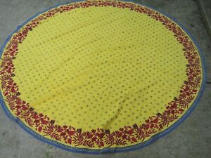 """BRIGHT YELLOW W/BEES&RED FLORAL 100% COTTON 72"""" TABLECLOTH/NAPKINS Made in INDIA"""