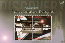 2005 Return of the NASA Space Shuttle DISCOVERY Stamp Sheet (2006 Liberia)