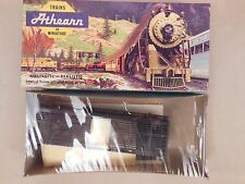 HO SCALE ATHEARN UNDECORATED (BLACK) 40' STOCK CAR KIT NOS