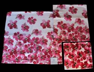 3 Pc PERI Plush Bold Red Dogwood Floral Velour Bath Hand Towel Wash Cloth NWT