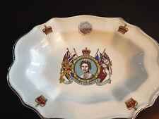 Queen Elizabeth Silver Jubilee Plate 9X7 Pre-Owned