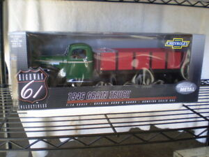 Highway 61  DCP 1946 Chevrolet Grain Truck 1/16 Scale Chevy MINT NEVER OPENED