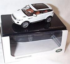 Range Rover Evoque 3 Door Fuji White Dealer model 1-43 New Ixo Branded