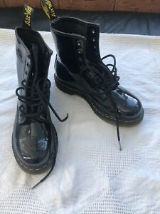 womens doc martens size 5 1460 Patent Boots
